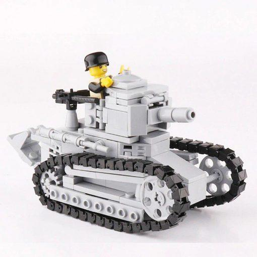 Renault FT WWI French Tank - 228 Pieces