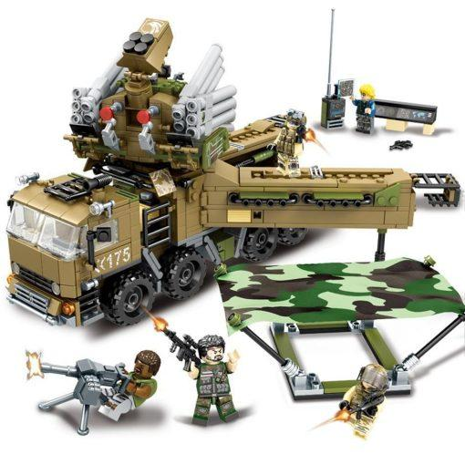 Army Truck Playset - 704 Pieces