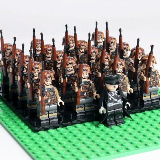 WW2 German Soldiers Riflemen Team 20 Minifigures Pack + Commander & Weapons