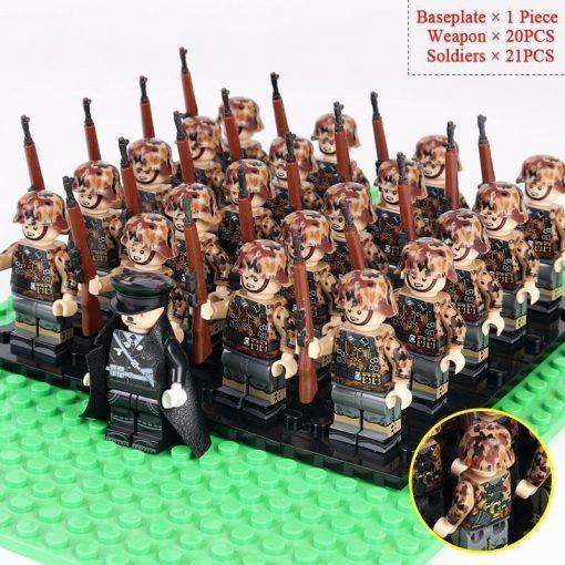 WW2 German Soldiers Riflemen Team 20 Minifigures Pack + Commander & Weapons